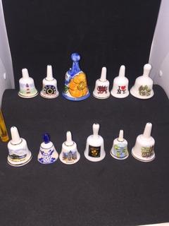 Colección De 12 Campanas Campanillas De Porcelana.