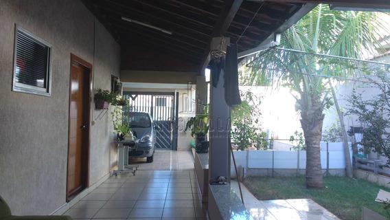 Casa Com 2 Dorms, Parque Das Araras, Jaboticabal - R$ 220 Mil, Cod: 348600 - V348600