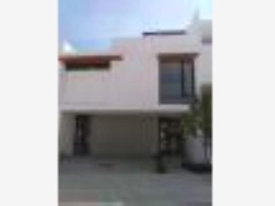 Casa Sola En Venta Zibata Queretaro, Qro