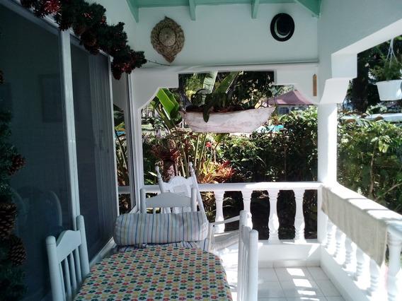 Casa Vacacionales/casa Caribe Samana