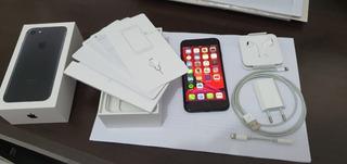 Apple iPhone 7 32gb Preto Matte