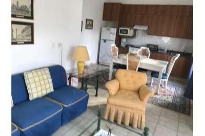 Rento Departamento Amueblado, Una Habitacion, Balcones De Juriquilla, Juriquilla, Queretaro.