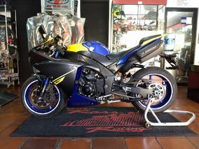 Yamaha R1 Impecable