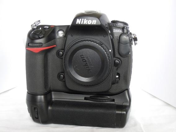 Câmera Nikon D300s (semi-nova - Apenas 9.000 Cliks + Crip)