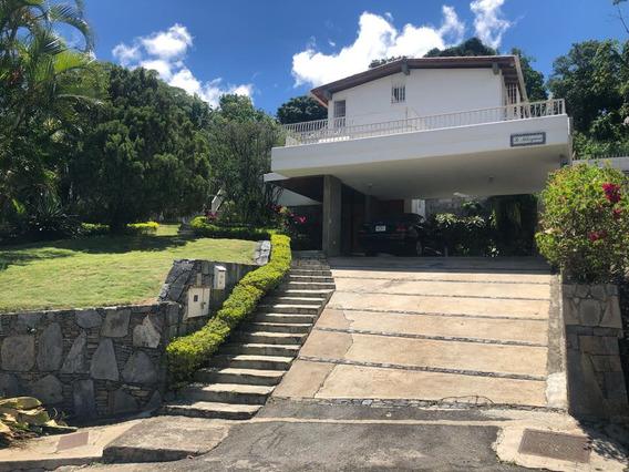 Se Vende Casa 550 4h+2s/7b/4p Prados Del Este