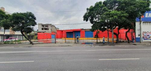 Imagen 1 de 13 de Local Comercial / Bodega En Renta Iztapalapa