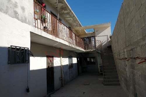 Departamentos En Venta En La Colonia Hermenegildo Galeana Zona Av. Carlos Amaya