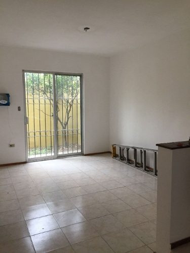 Casa En Venta Residencial Pinos, Escobedo Limites Con San Nicolas.