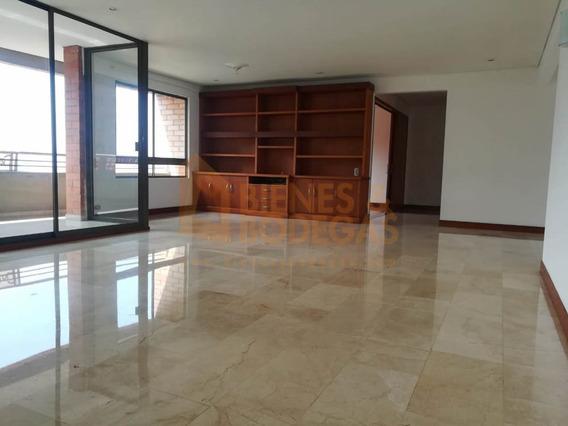Apartamento En Arriendo Altos Del Poblado 643-3477