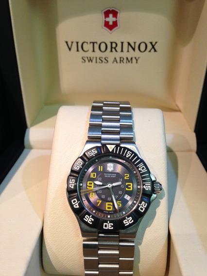 Relógio Victorinox Summit Xlt Feminino 241417