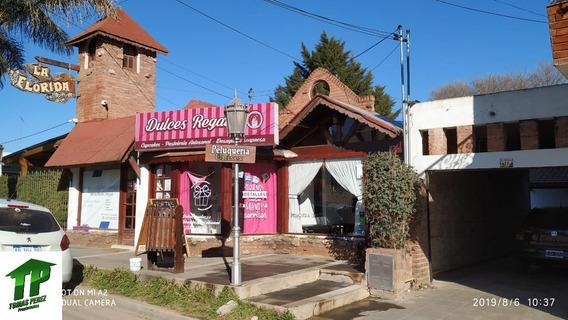 Se Vende Casa Junto Con 3 Locales En Embalse Calamuchita