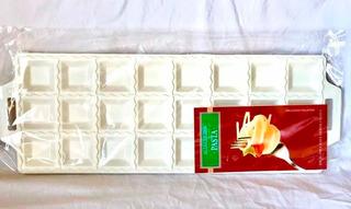 Molde Para Raviolon Plástico X 24 Ravioles