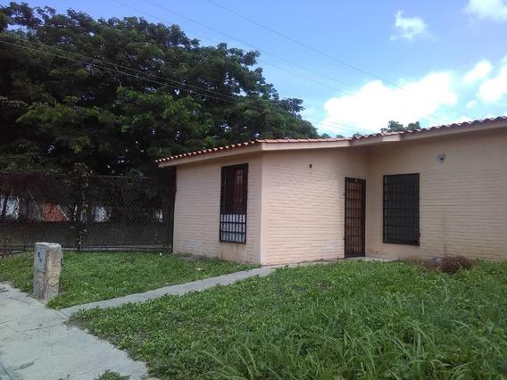 Casa En Venta En Carabobo/sanjoaquin Reinaldo Machuca 20-541