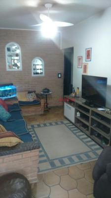 Sobrado- Com 03 Dormitórios, Sendo 1 Suite, Com Arários Embutidos- Jardim Satélite- Interlagos - Sz6103