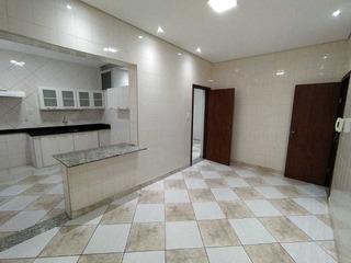 Apartamento No Bairro Padre Eustáquio Com 105 M² - 781