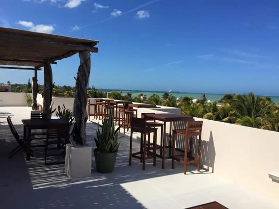 Condominio En Venta A 50 M De La Playa, Progreso, Yucatan