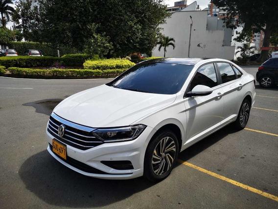 Volkswagen Jetta Sportline 2020 1.5 Tsi Turbo Color Blanco