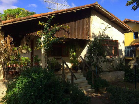 Casa De 02 Quartos, Completamente Mobiliada, Em Araruama