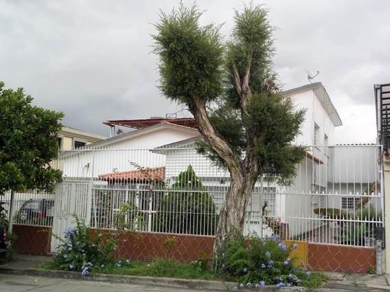 Casa En Venta En Caracas Urbanización Vista Alegre Rent A House Tubieninmuebles Mls 20-15454