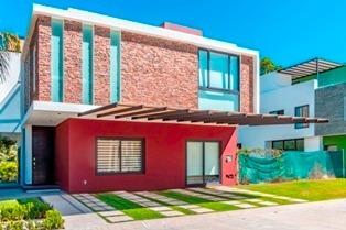 Espectacular Residencia En Coto Exclusivo En El Corazon De Nuevo Vallarta