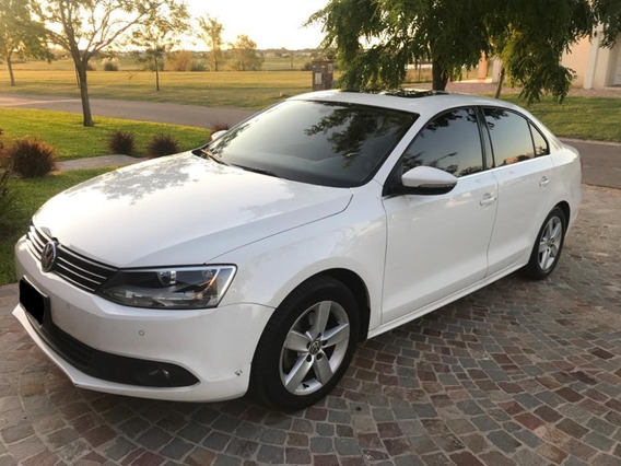 Volkswagen Vento 2.5 Luxury Triptronic Año 2014