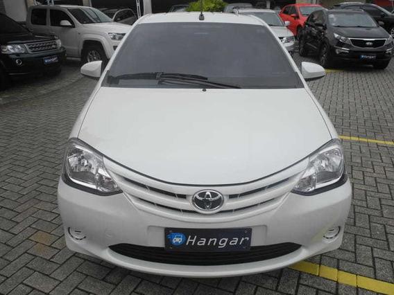 Toyota Etios 1.3 X 16v Automatico