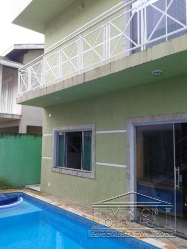 Sobrado - Villa Branca - Ref: 950 - V-950