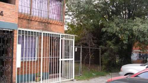 Bonito Departamento, Planta Baja, Excelente Ubicación Y Vigilancia.
