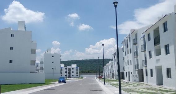 Departamento En Renta Hacienda La Laja, Haciendas Casas Trío