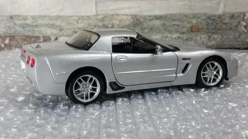 Imagen 1 de 6 de Carro Coleccion Corvette 2002 Maisto Escala 1/24