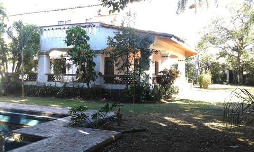 Casa Sola En Club De Golf / Cuernavaca - Via-95-cs