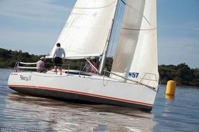 Velero Corum 340 (magic 33.3) Calado 1.7 Regata / Crucero