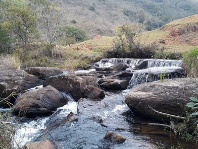 Sítio Perto Cachoeira De Itaúna Em Baependi , Mg, Com 9,7 Ha , Muita Água , Rio Corta Propriedade, Pequena Cachoeira, Casa Simples. - 4188
