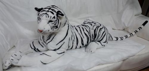 Imagem 1 de 3 de Tigre Gigante Grande Branco Pelúcia 1,6 Mts 160cm Decoração