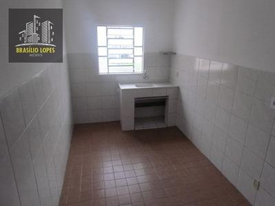 Quarto E Cozinha Próximo A Estação Tamanduateí | M1122