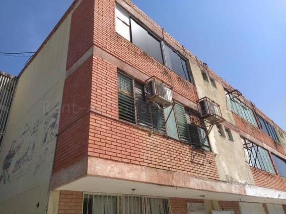 Negocios En Venta Cabudare Centro, Al 20-8416