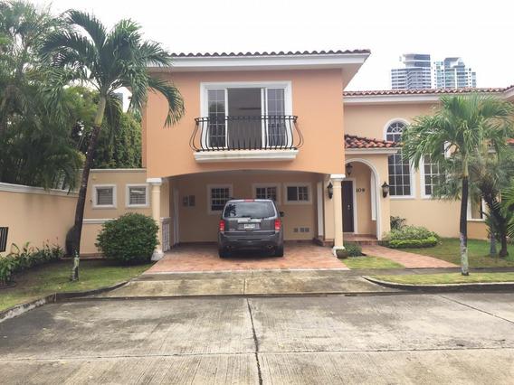 Vendo Casa De Lujo En Ph Costa Bay, Costa Del Este 19-12202*