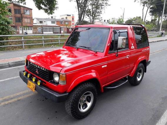 Mitsubishi Montero 2.6 Mec 7 Puestos