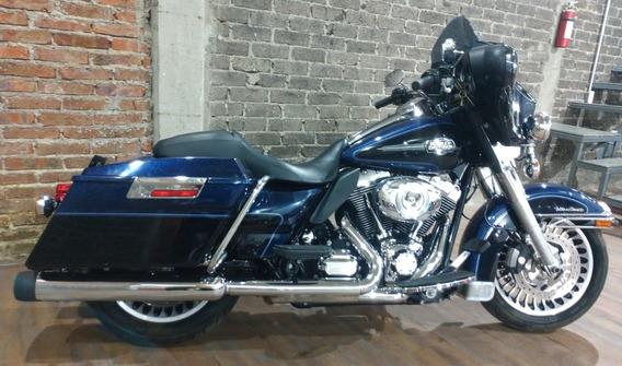 Harley Davidson Electra Ultra Glide 2012 Street Glide Tourin