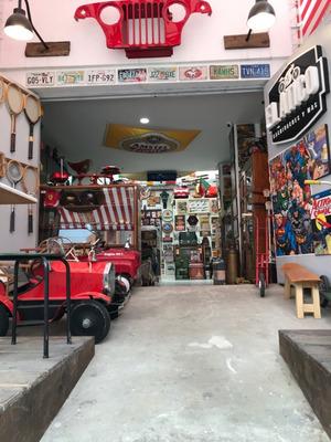 Vendo Espectacular Tienda De Coleccionables Antiguos, Nuevos