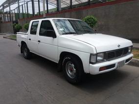 Nissan Fiera 2003, Doble Cabina, 4x2, Petrolera