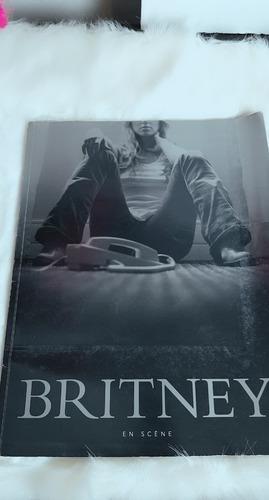 Britney Spears Stages Livro Com Dvd E Poster-bom Estado-raro
