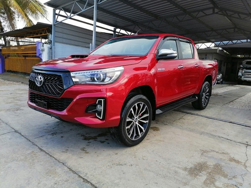 Toyota Hilux Limited Americana