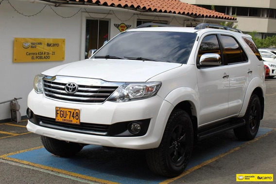 Toyota Fortuner At 4000 4x4