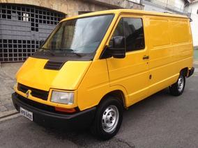 Renault Trafic Furgão 2.2 Curto 5p