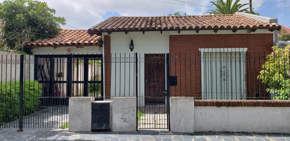 Casa 1 Dormitorio , 95 Mts 2 Cubiertos Y Lote 10 X 22,76 Mts - Manuel B Gonnet