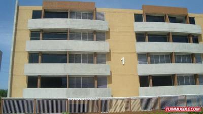 Apartamentos En Venta 16-13699