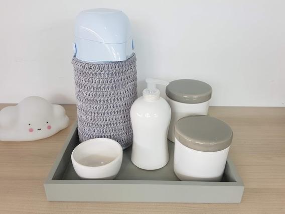 Kit Higiene Bebe Porcelana Branco E Cinza Garrafa Com Capa