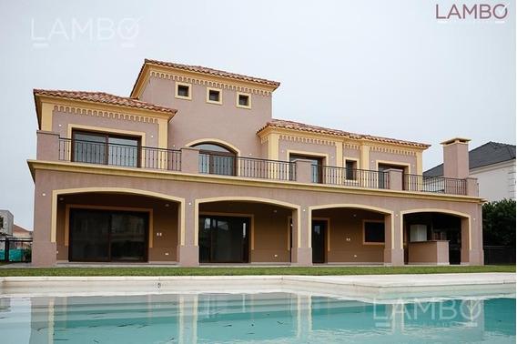 Casa Estilo Villa Italiana, A Estrenar - La Lomada - Pilar