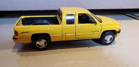 Dodge Ram Miniatura 1:24